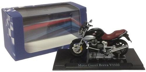 Motor schaalmodel 1:24 Moto Guzzi Breva  V1100 8x12cm-3