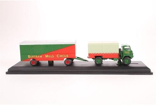 Truck schaalmodel 1:76 Bedford QL-2