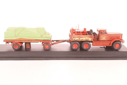 Truck schaalmodel 1:76 Diamond T & Trailer-2