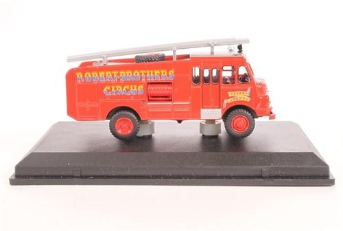 Truck schaalmodel 1:76 Green Goddess-2