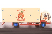 Truck schaalmodel 1:76 Ford Cargo Box Van-2