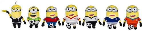 Minions Pluche met voetbal Gift 7 assorti 28cm