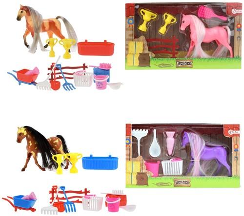 Little Horse met accessoires 4 assorti 11x20cm